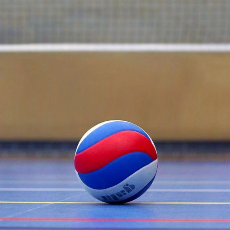 Wymiary boiska do siatkówki, piłka do siatkówki