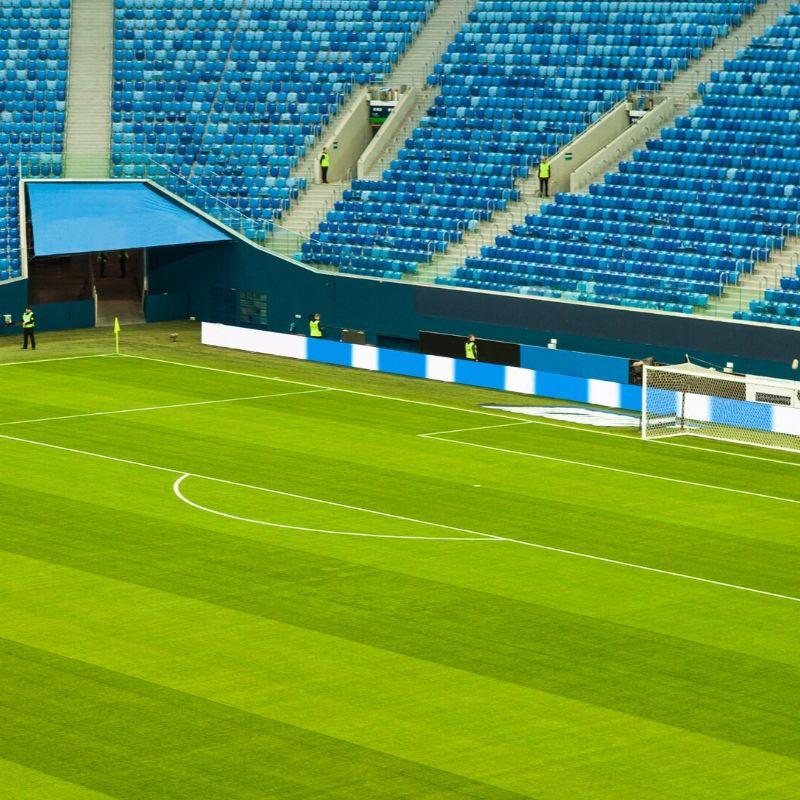 Stadiony i hale sportowe w Polsce