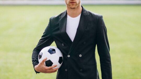 Agent piłkarski - jak zostać?