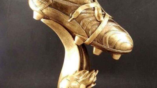 Złoty but
